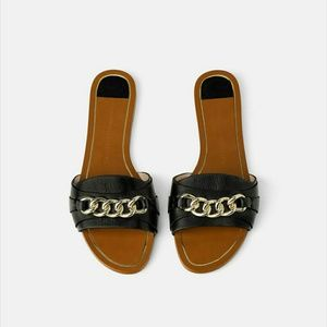 Zara Black Flat Leather Sandals With Chains 5/35